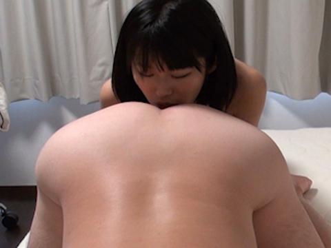 ショートヘアがお似合いの素人娘素人 無修正画像07