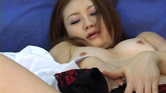 セクシー美熟女とハードSEX! 愛川京香
