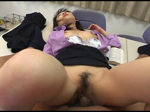ポルノワールド 素人OLの日常絹川紗代季 無修正画像09