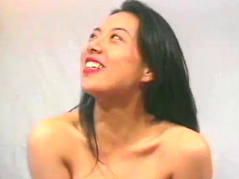 巨乳!しかもムチムチお姉さんまり 無修正画像05