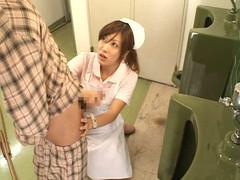 入院中は色々と欲求不満になるから看護婦さんにチンポ見せつけて抜いてもらえるか検証 Part.4