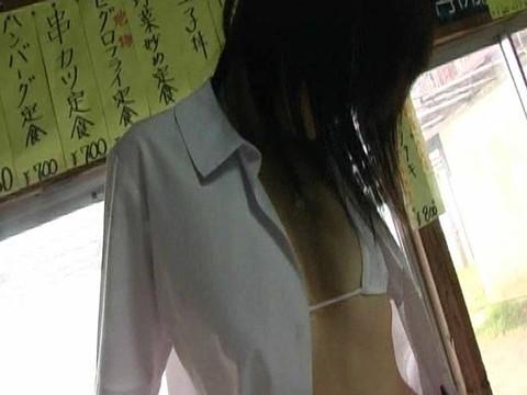 川嶋じゅんちゃんのエロすぎるイメージビデオ!色々ハプニング満載で可愛いくてたまりません 前編 無修正画像03