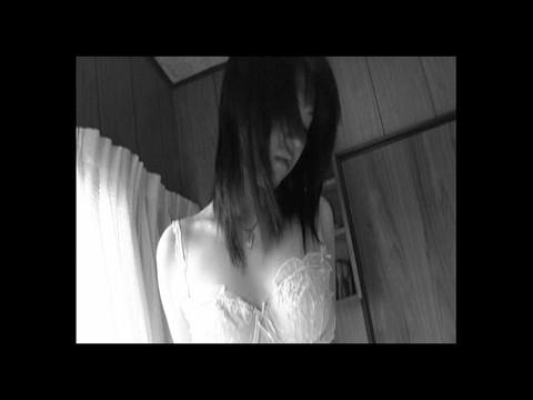 川嶋じゅんちゃんのエロすぎるイメージビデオ!色々ハプニング満載で可愛いくてたまりません 前編 無修正画像05
