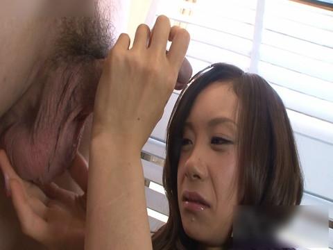 つるつるに剃り上げた超敏感なパイパンオマンコ Vol.01 無修正画像03