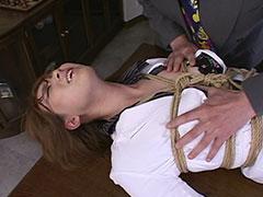 メガネ秘書お姉さんが強要フェラで泣きながら陵辱され生中出しで奴隷化