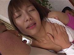 真っ昼間からアソコが疼いてたまらない若妻達が若い男の身体に吸い寄せられ濃厚セックス