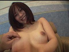 明るい笑顔の彼女を拘束して電マ攻撃でイカセ生セックス