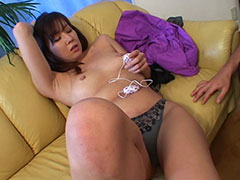 セクシー系グラマラスボディの夕ちゃんローターと電マでイかされ生フェラから生セックス!