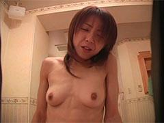 巨乳スレンダーの美人お姉さんの剛毛マンコに生挿入セックス